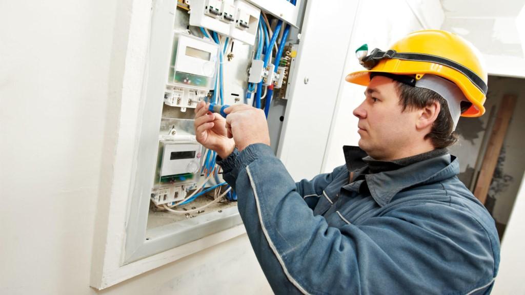 установка электросчетчика в Ростове